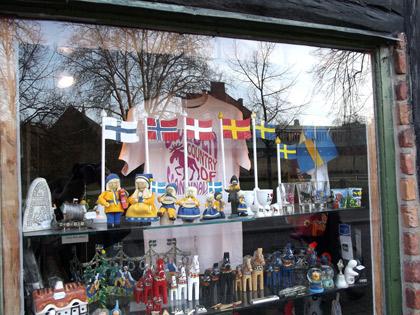 T-shirt med älg i fönstret hos Lilla Boden i Lund