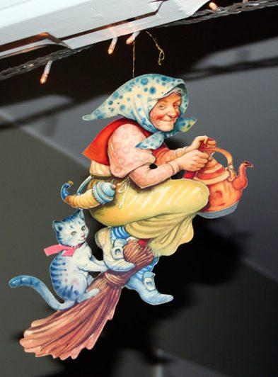Retro fin påskkärring tecknad av Helge Artelius
