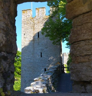 Ett torn i Visby ringmur