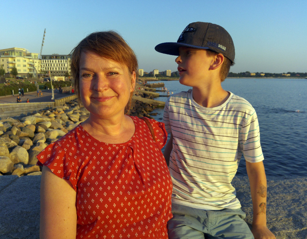 Foto av Lena med son