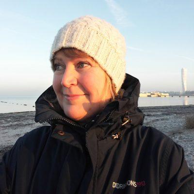 Lena i soluppgång på Ribban en kall vinterdag i Malmö