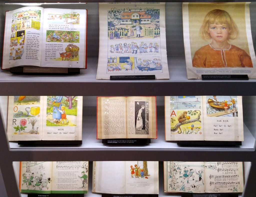 Läromedel och skolböcker från tidigt 1900-tal